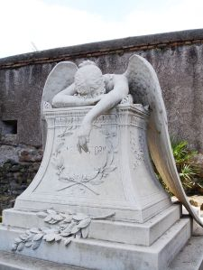 g1024px-Rome_WWStory_angel_in_grief